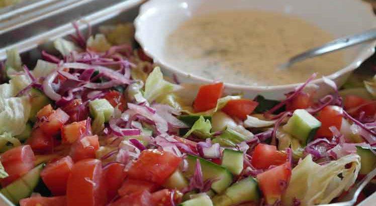 Komkommersalade met Tomaat